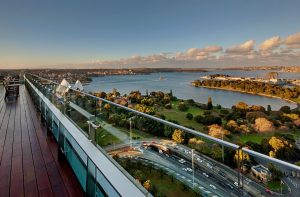 0InterContinental-Sydney-Club-Lounge---Eastern-Harbour-sml