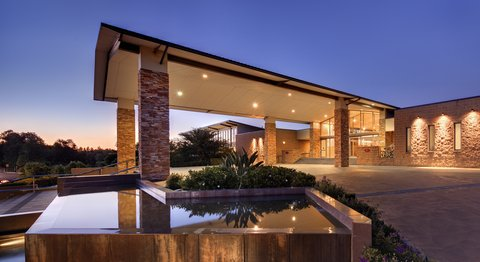 Mclaren Technologies Crowne Plaza Hunter Valley First In Australia With Mobile Key A Guest Services